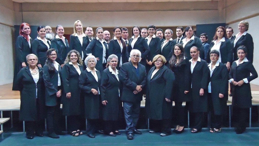 El coro lírico del EMAI (Foto: cortesía de la organización del Festival)