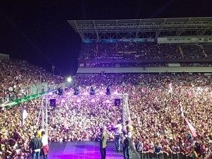 Acabado el encuentro, la fiesta del Saprissa se trasladó de Alajuela al Estadio Ricardo Saprissa Aymá, donde los aficionados morados esperaron al equipo.