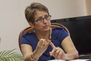 La presidenta ejecutiva de Recope, Sara Salazar, considera que el país aún necesita de la refinería como se había planteado.