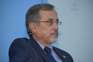 Luis Pastor, director del posgrado de especialidades médicas de la UCR.