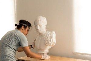 La colección contiene dos decenas de bustos, entre ellos el de Marte, dios romano de la guerra. La mayoría representa a personajes de la mitología griega, como héroes y dioses.