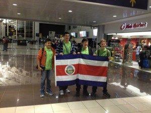 El país también ganó una medalla de bronce y dos menciones de honor en la Olimpiada Matemática Centroamericana y del Caribe, efectuada en Cuernavaca, México.