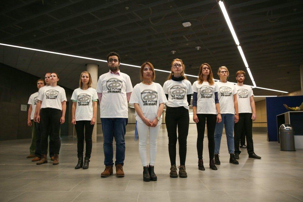 Activistas jóvenes reclamaron en Bonn que los países bajen las emisiones de manera ambiciosa, llegando a cero emisiones para el 2050.